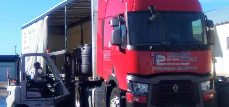 Transportes Petaca necesita «Urgente» conductores, salario 1.500 – 2.400 al mes ruta nacional