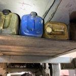 Detienen a un camionero rumano, y descubren un doble fondo lleno de garrafas y una bomba de gasoil en el semirremolque en la A 8 cerca de Stuttgart