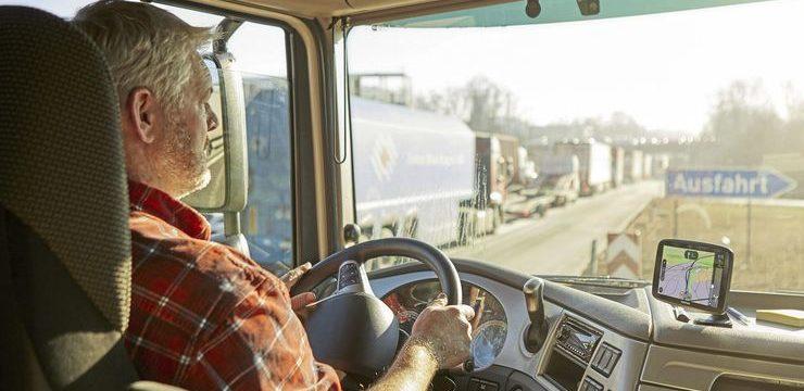 Ahora hay más de 22.000 camioneros desempleados en Alemania y 49.000 empleados en logística y almacén buscan trabajo