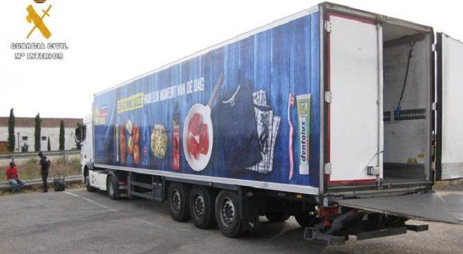 Detenido un senegalés en Palencia por robar un camión en Bélgica que fue localizado en la A-62