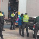 Un chófer encuentra cuatro inmigrantes escondidos en su camión en Figueres