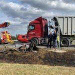 La versión del camionero causante de la muerte de 4 niños «se agachó a coger el cargador del teléfono»