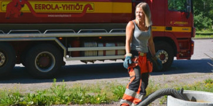 Camionera Isabelle, por raro que parezca ama su trabajo.  «Vaciando alcantarillas podría comer al mismo tiempo»