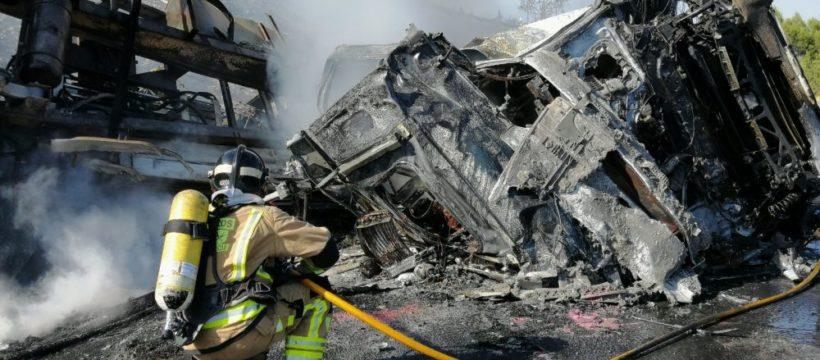 Fallece un camionero calcinado, tras un accidente de tráfico en Puerto Lumbreras