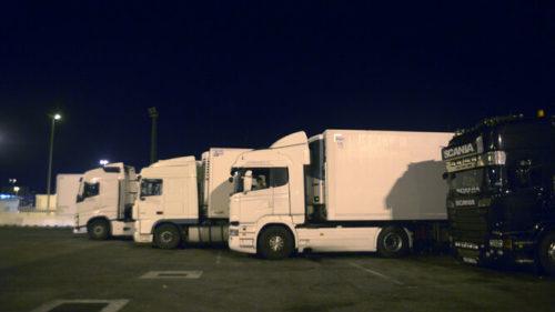 Camiones Puerto Algeciras domingo noche 1484561565 123985604 667