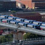Prueba de carga puente de Génova. «54 camiones articulados de 44 tn cada uno, para un peso total de aproximadamente 2.500 tn»