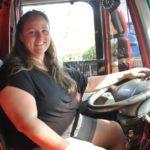 Camionera Vanessa: echo de menos a familiares, amigos, «pero es la profesión que elegimos, y no todo son flores»