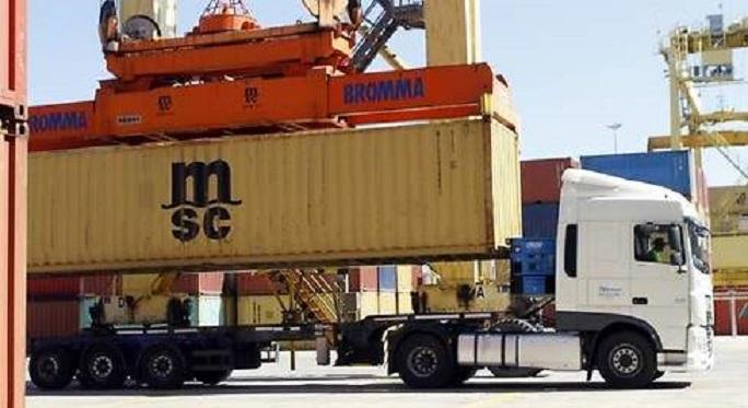 490x Carga Camion Puerto Valencia GUILLERMO LUCAS