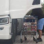 Celebra su 38 cumpleaños en la cabina del camión con 10 latas de cerveza y arroja 2,62 en un control de alcoholemia