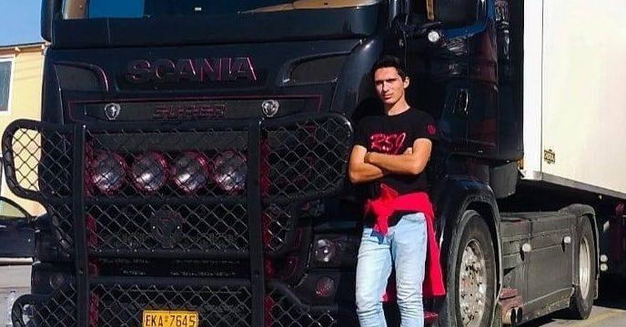 Fallece en accidente un joven de 20 años, apasionado de los camiones, que soñaba con ser camionero de ruta internacional