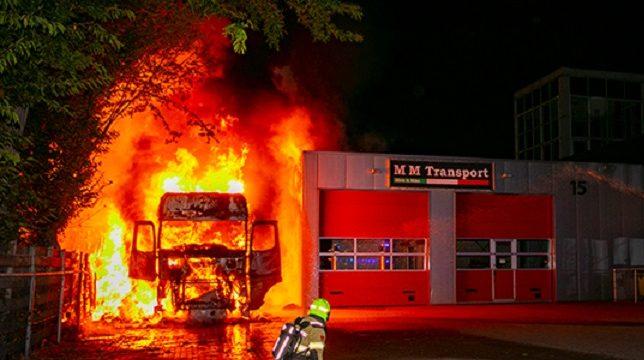 Brand Doesburg vrachtwagen