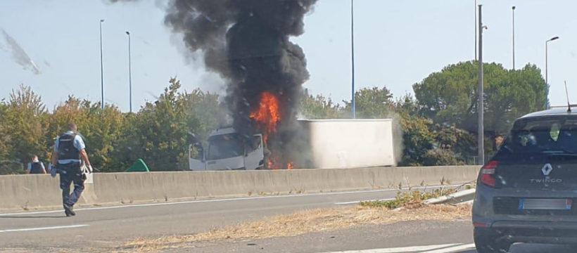 Un camionero fue asesinado a tiros por un gendarme, tras huir de un control en la A20 entre Montauban y Toulouse