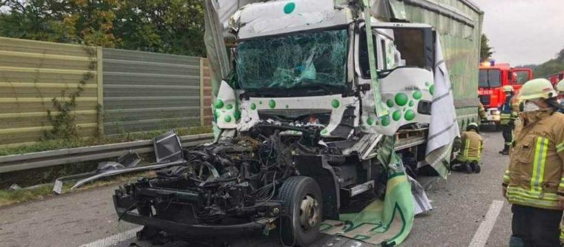 Fallece un camionero al no frenar en un atasco y colisionar contra un camión en la Autobahn 6