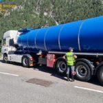 Cárcel, multas de 15 mil €, camiones decomisados y retirada de licencias, a dos camioneros, por falta de indicadores de materias peligrosas y fraude fiscal