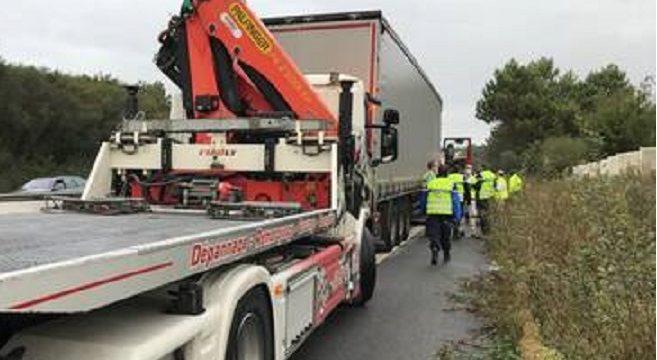Un camionero no pudo superar «el último carril de aceleración» y fallecióen la la RN 165