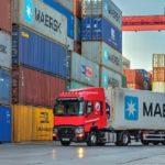 Transmesmon Puerto de Barcelona, precisa camioneros 2.000 – 2.500 € realizando tareas propias de transporte en el Puerto