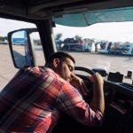 Examen del sueño: ¿Debería ser obligatorio un examen del sueño para los conductores de camiones pesados?