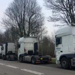 Conductores de Europa del Este llevan viviendo 2 meses en el estacionamiento de Geleenl