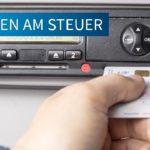 Denuncia penal a un camionero por viajar 24 horas seguidas sin descanso y ocultar una segunda tarjeta del tacógrafo en la caja de las baterías