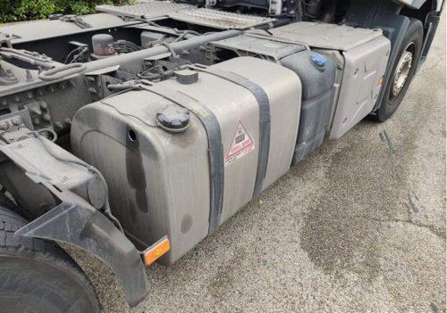 Un camionero se toma con humor el robo del gasoil. «Si haces un agujero reduces en un tercio el consumo»
