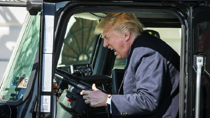 Donald Trump miembros Casa