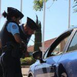 Los gendarmes descubren un coche con la etiqueta del seguro válida hasta el 31 de febrero de 2021.