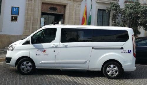 Se necesitan con urgencia conductores de taxi con sueldos desde 1700 € trabajo ocho horas diarias