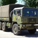 Asetra y Defensa suscriben un convenio para emplear militares contra la escasez de conductores