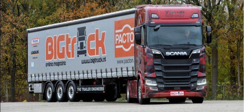 El arte de conducir el rey de la carretera «Scania 770 V8», hay que tener un pie derecho aterciopelado.