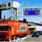 5 años de prisión y multa de 30.000 € para los camioneros que introduzcan inmigrantes de Francia a Inglaterra