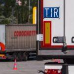 La placa azul TIR en los camiones a veces está tachada: Esto es lo que significa