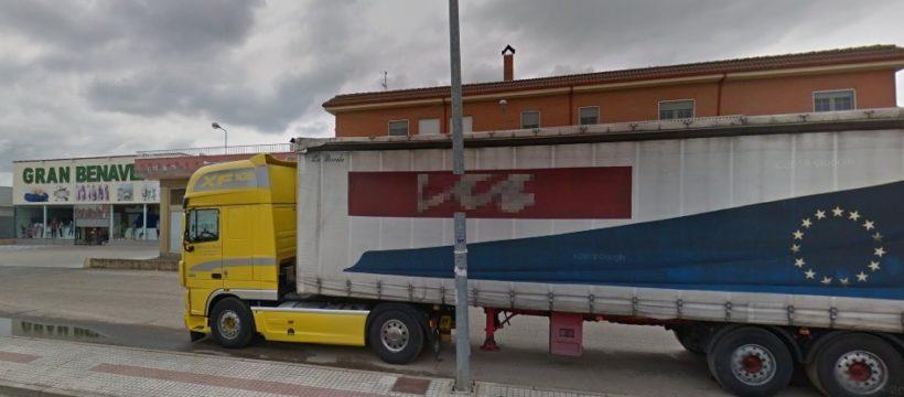 Un camionero sorprende a un ladrón con un amplio historial delictivo en la cabina de su camión en Benavente