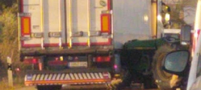 Conmoción en el sector agrario por la muerte de un agricultor de 25 años, arrollado por un tráiler en la A436