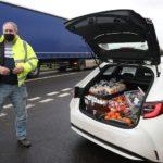 Niegan la entrada a un hombre que llevaba comida para los camioneros en el aeropuerto de Manston, Kent