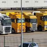Pacto para mejorar las condiciones de trabajo de los conductores en plataformas de carga y descarga