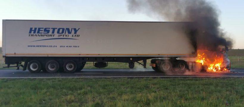 Un camionero asesinado, tras una revuelta por contratar conductores extranjeros con salarios más bajos en Sudáfrica