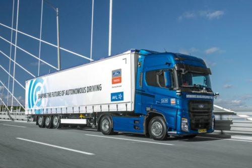 Ford Trucks y AVL desarrollan camiones autónomos en vista de la escasez mundial de conductores