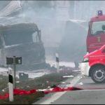 Mueren dos camioneros en sus vehículos en llamas, tras un accidente en la A72