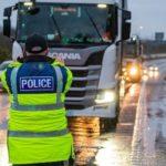 84 camioneros multados por no tener permiso de acceso a Kent