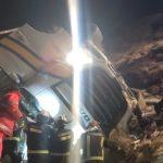 Herido el conductor de un camión de Primafrio, tras salirse de la AP-1, caer por un talud de 10 metros