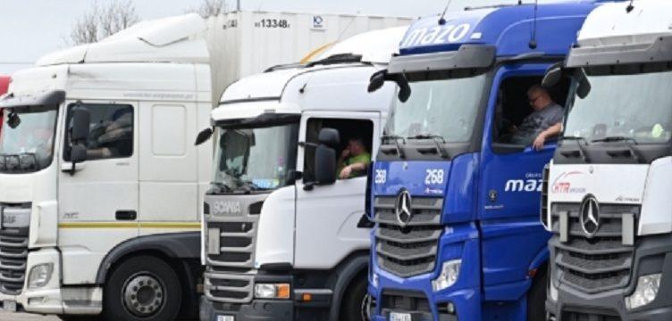 Los camioneros temen una nueva regla posterior al Brexit. Las multas pueden ascender hasta 300 libras