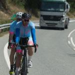 La DGT prepara una nueva norma: Al adelantar a ciclistas habrá que reducir la velocidad 20 km respecto al máximo de la vía.