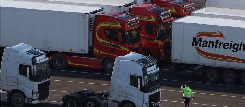 La burocracia del Brexit está provocando escasez en algunos supermercados y el enfado de los camioneros