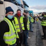 «Trabajamos como esclavos en un sector abandonado» Unidos podríamos formar el mayor sindicatode transportistas de Europa