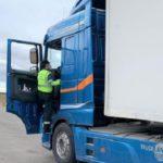 Un matrimonio investigado por intercambiar tarjetas del tacógrafo del camión