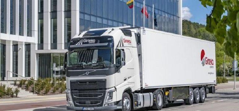 girteka logistics compra 2000 camiones volvo fh 1