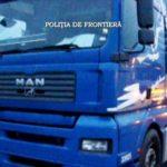 Lo que un camionero escondió en la cama de la cabina supera cualquier imaginación. Policías rumanos, sin palabras