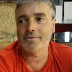 La familia de un camionero portugués atrapado en Gracia está desesperada.