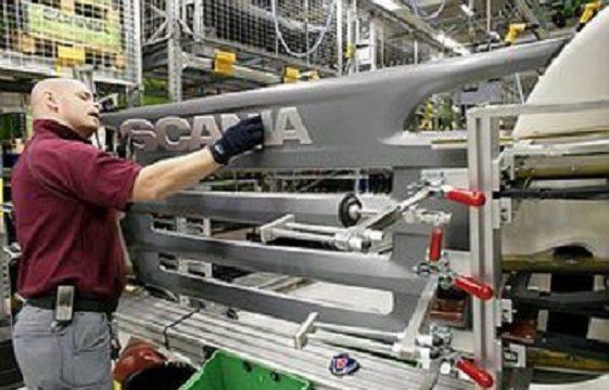 Scania produzione camion calandra 300x199 1