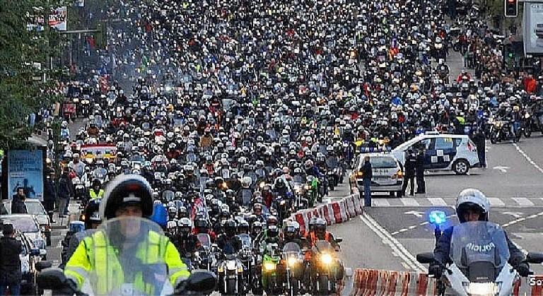 Manifestacion Madrid en moto si 3